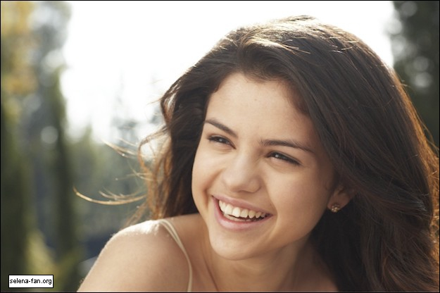 most selena gomez makeup without prettiest natural age shoot any worlds stunning favorite pic she looks fanpop answers google